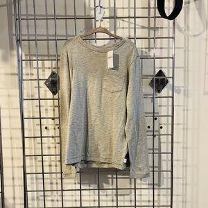 Gap kids Pocket Long Sleeve T-shirt